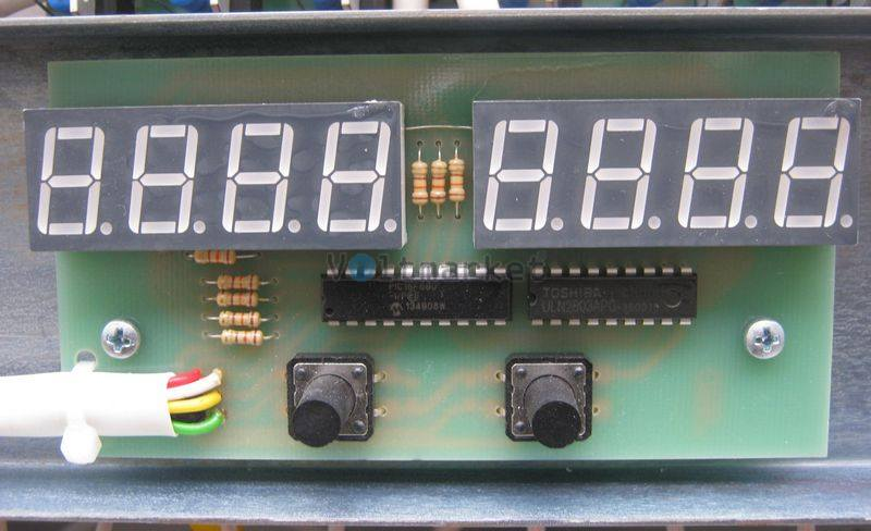 Однофазный стабилизатор напряжения BALANCE СНО-7C12