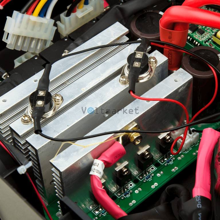 Источник бесперебойного питания LogicPower LPY-W-PSW-5000Va