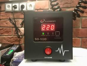 Luxeon SD-500Релейный однофазный стабилизатор напряжения LUXEON SD-500